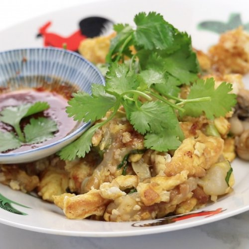 singapore oyster omelette with chilli