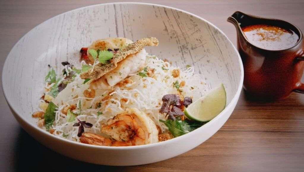 Crispy Bee Hoon with Seafood in Laksa Bisque