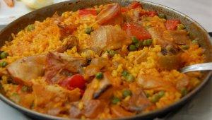 Paella of Prawn And Chicken